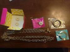 NWT Origami Owl Daisy Love Earrings Dangle Locket Chain