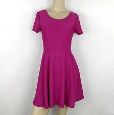 FOREVER 21 Pink heart shaped back skater dress Womens junior Medium