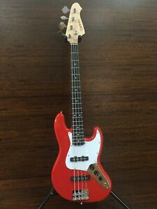 Skwill 3/4 Size 4-String Electric Bass Guitar,Red+Padded Gig Bag. YF-JBMINI/RD