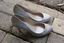 BETTS Silver Glitter 8.5 cm Heel with Colour Lined Inlay Size 7/24 cm Excellent