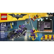 The LEGO Batman Movie Catwoman Catcycle Chase (70902) 139 pcs w/ Robin & Batgirl