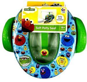New In Package Sesame Street Best Pals Round Soft Child's Toilet Seat-18+Months