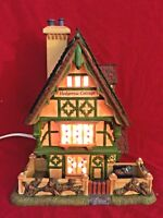 Hedgerow Garden Cottage Dept 56 Dickens Village 58476 Christmas house city snow
