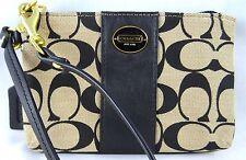 COACH BOXES SIGNATURE KHAKI BLACK JACQUARD WRISTLET 50497B