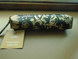 """VEGAN Leather Black And Gold Pencil Case Or Small Makeup Bag 7"""" X 5"""" Around NEW"""