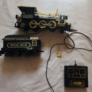 New Bright The Blue Locomotive And Coal Tender (BROKEN , PARTs ONLY)
