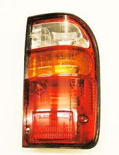 Lámpara De Cola Trasero Rh os (indicador en medio) Para Toyota Hilux Mk5 KDN165 D4D 01-05
