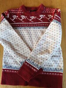Fairisle wool mix red Christmas skiers jumper small