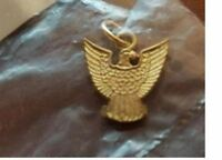 BOY SCOUT OFFICIAL EAGLE SCOUT RANK BSA GOLD PLATED CHARM MOM DAD PHILADELPHIA