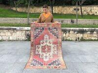 VINTAGE 3x5 TURKISH TRIBAL RUG OUSHAK, LOW PILE WOOL DECOR HANDMADE RUG RUNNER
