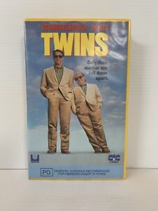 TWINS VHS - Schwarzenegger & Devito *Personally Owned* Free Tracked Post