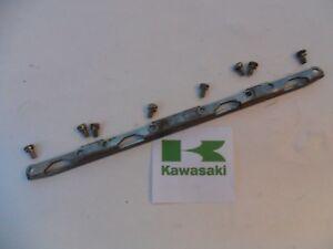 KAWASAKI GPX 600 GPx600 CARB SIDE MOUNTING BRACKET KEIHIN V155VC22 1988 - 1997