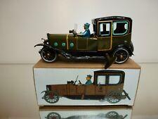 TIN TOY PAYA REPLICA VINTAGE CLASSIC CAR - GREEN + BLACK L17.0cm - GOOD IN BOX