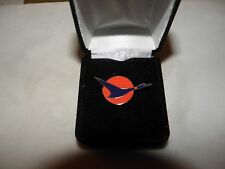 """NORTH CENTRAL AIRLINES 1950""""s LOGO HERMAN LAPEL TAC PIN NWA DELTA PILOT GIFT"""