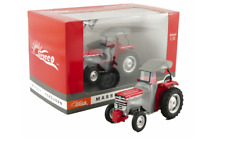 UNIVERSAL HOBBIES 5232 1:32 SCALE MASSEY FERGUSON 135 WITH SIROCCO LIMITED
