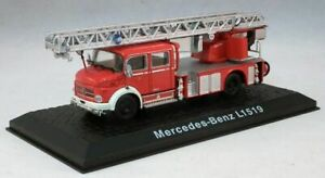 ATLAS EDITIONS - MERCEDES-BENZ L1519 FIRE ENGINE - 1:72 -BOXED/DISPLAY STAND INC