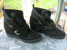 PAIR BLACK SUEDE DKNY ANKLE BOOTS - SIZE 7