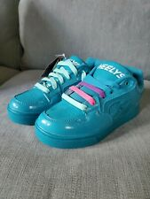 Heelys girls size 5 youth - pop out wheel shoes