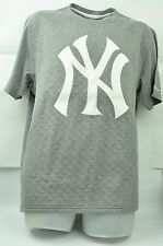 MLB New York Yankees Red Jacket Medium Men Grey Tshirt Thick Short Sleeve Tee