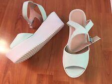 ASOS Damen Sandale Neu Gr. 39 Mint Weiß mit Plateau