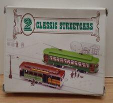 2 Classic Streetcars Plastic Models Train Toy 112918DBT