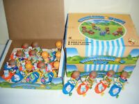 New-Ray 1991 WHEELBARROW KIDS Wind Up Toys Display Box (LOT OF 39) AS-IS
