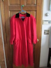 $995 BARNEY'S NEW YORK 100% SILK GORGEOUS RED LONG RAINCOAT/TRENCH JACKET STYLE