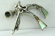 CRISPLY DETAILED STERLING SILVER SCUBA SPEAR FISHERMAN DIVER PIN MOTHER OF PEARL