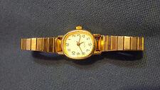 Ladies quartz wristwatch