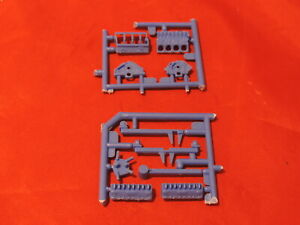 Model Car Parts AMT Engine Stand and Engine 1/25