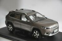 Jeep Cherokee 2019 car model in scale 1:18 Brown