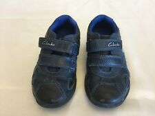 *** CLARKS NAVY BLUE SHOES WITH LIGHT INFANT SIZE UK 7 F  **