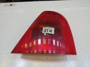 Renault Clio II 1998-2001 Drivers Side Right Rear Light Lamp