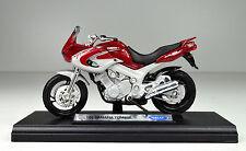 Yamaha TDM 850 rouge Année de construction 2001 échelle 1:18 Moto Modèle Welly