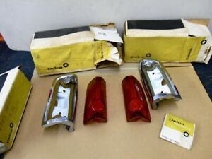 NOS PONTIAC 1968 LEMANS WAGON TAIL LAMP ASSEMBLIES PAIR