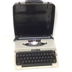 Vintage 1970's  Brother 215 Portable Typewriter with Carrying Case #327