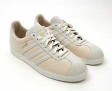 wholesale dealer adee7 efc39 Adidas Men s Gazelle 2 Shoes Canvas Khaki Tan V24416 New Size 9