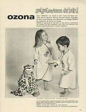 Publicité Advertising 1966 Lingerie OZONA sortie de bain peignoir sous vetement