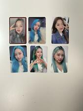 Loona Gowon and Choerry preorders photocards
