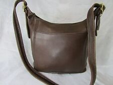 Vintage Coach/ 9816 Brown Leather Crossbody Bag