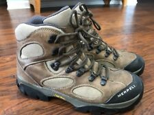 """Merrell """"Sawtooth Walnut"""" tan leather and mesh hiking boots. Women's 8.5"""