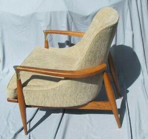 lb Kofod-Larsen Style Lounge Chair - Wood with Brass - Mid-Century Modern
