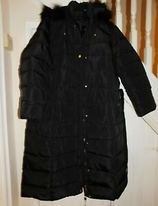 CISSY & CO - NWT  APPROX SIZE 22 (56) - BLACK QUILTED COAT WITH DETACHABLE HOOD