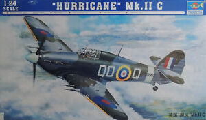 WWII RAF HURRICANE MK.II C TRUMPETER LARGE 1:24 SCALE PLASTIC MODEL AIRPLANE KIT