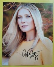 GWYNETH PALTROW Hand Signed 10 X 8 Photo Autograph Actress Singer Author