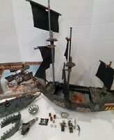 MEGA Bloks Pirates of the Caribbean Black Pearl 1017 and Flying Dutchman Spares