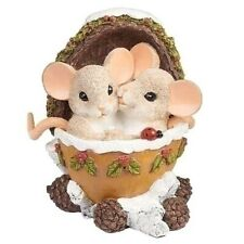 New Charming Tails Mouse Figurine Pine Nut Love Couple Mice Statue Holiday Decor