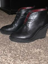 MARC JACOBS black leather wedge heel ankle boots 37