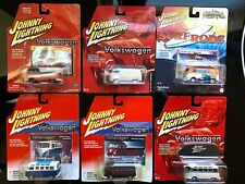 1:64 Johnny Lightning Volkswagen Bus/Van Lot 2002-16