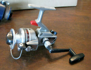Daiwa 1300C Spinning Reel, Ball Bearing, Right or Left handed, 200yds/8lb- VGUC*
